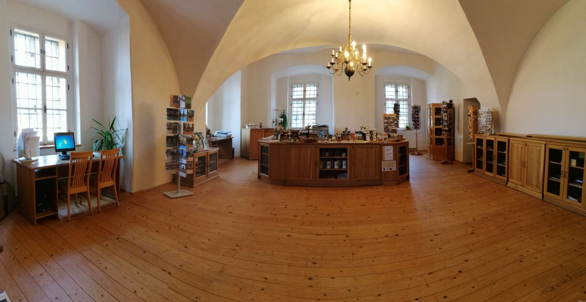 Regionální informační centrum ve Šluknovském zámku