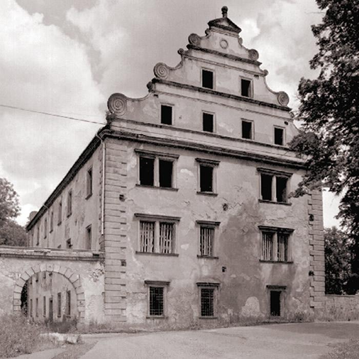 Šluknovský zámek - stav po požáru